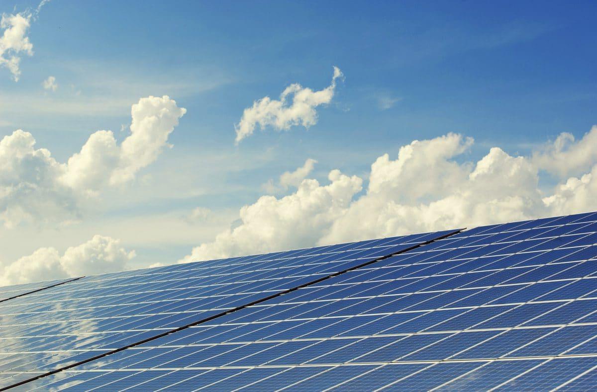 Juiste hellingshoek voor zonnepanelen